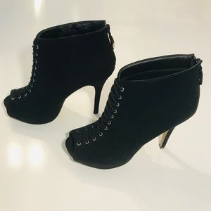 Rock & Republic Open Toe Laced Ankle Boots